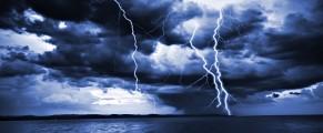 clouds-sea-storm